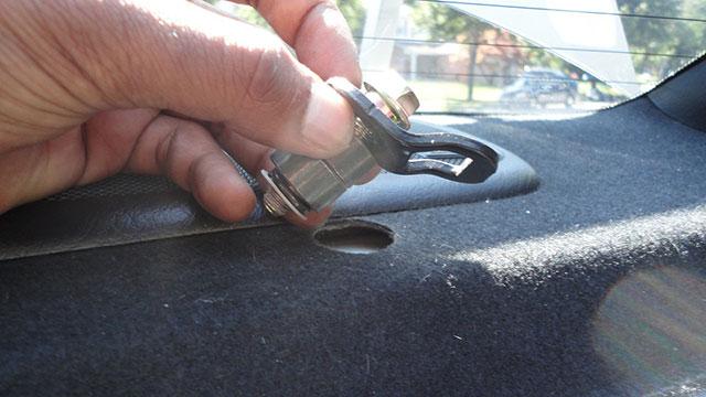 remove seat hook