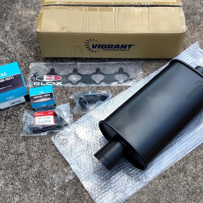 Vibrant muffler and new parts